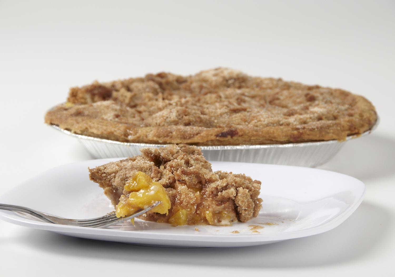 dutch crumb peach pie