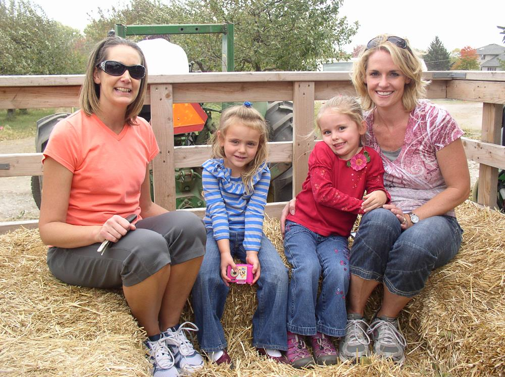 families at iowa orchard fun zone